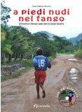 Portada de A PIEDI NUDI NEL FANGO. ATTRAVERSO IL BRASILE SULLE NOTE DI GILSON SILVEIRA. CON CD AUDIO (VIAGGI IN TASCA)